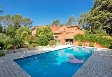 see details for housevilla mougins
