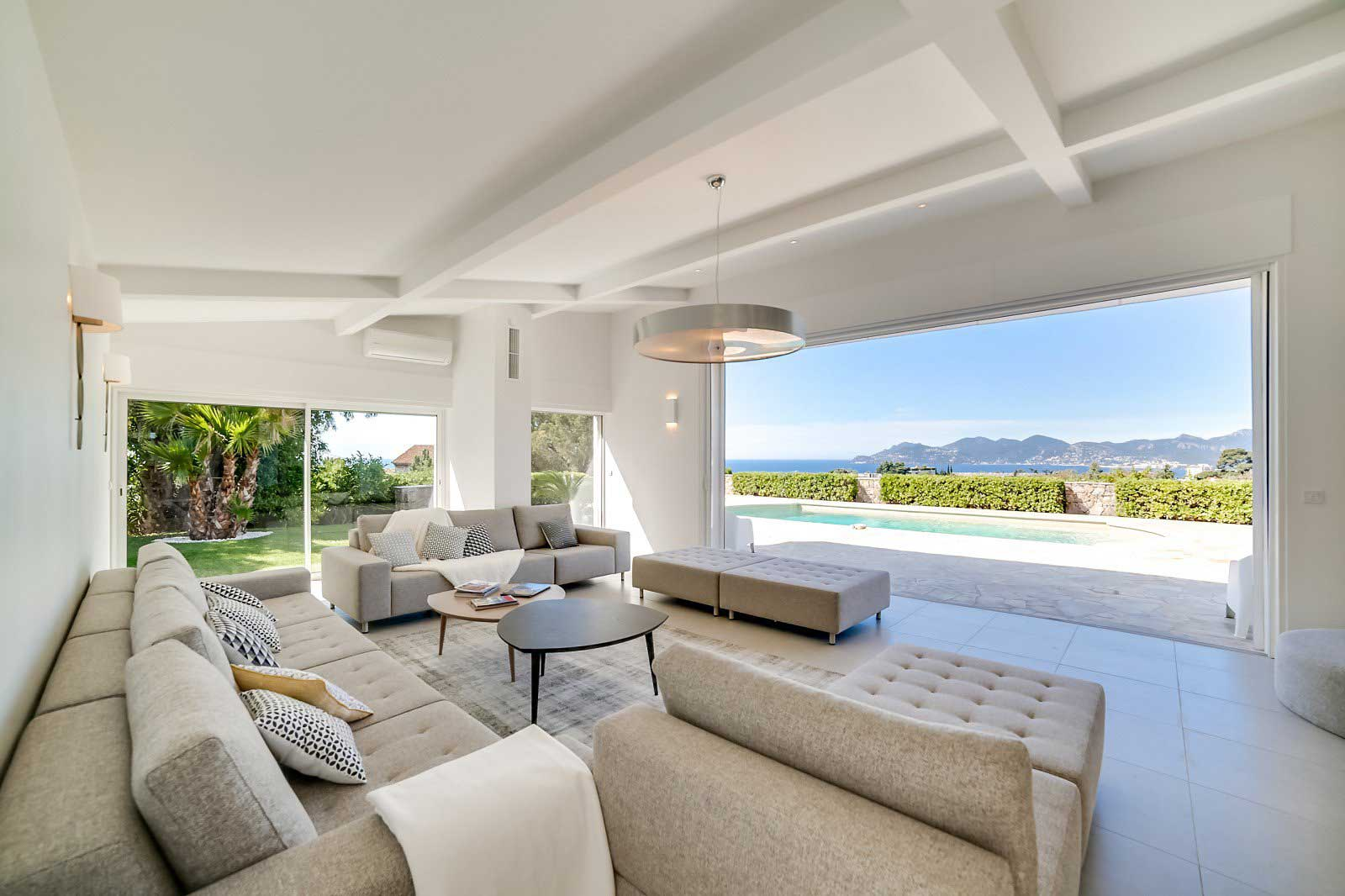 Cannes - France - House , 7 rooms, 6 bedrooms - Slideshow Picture 1