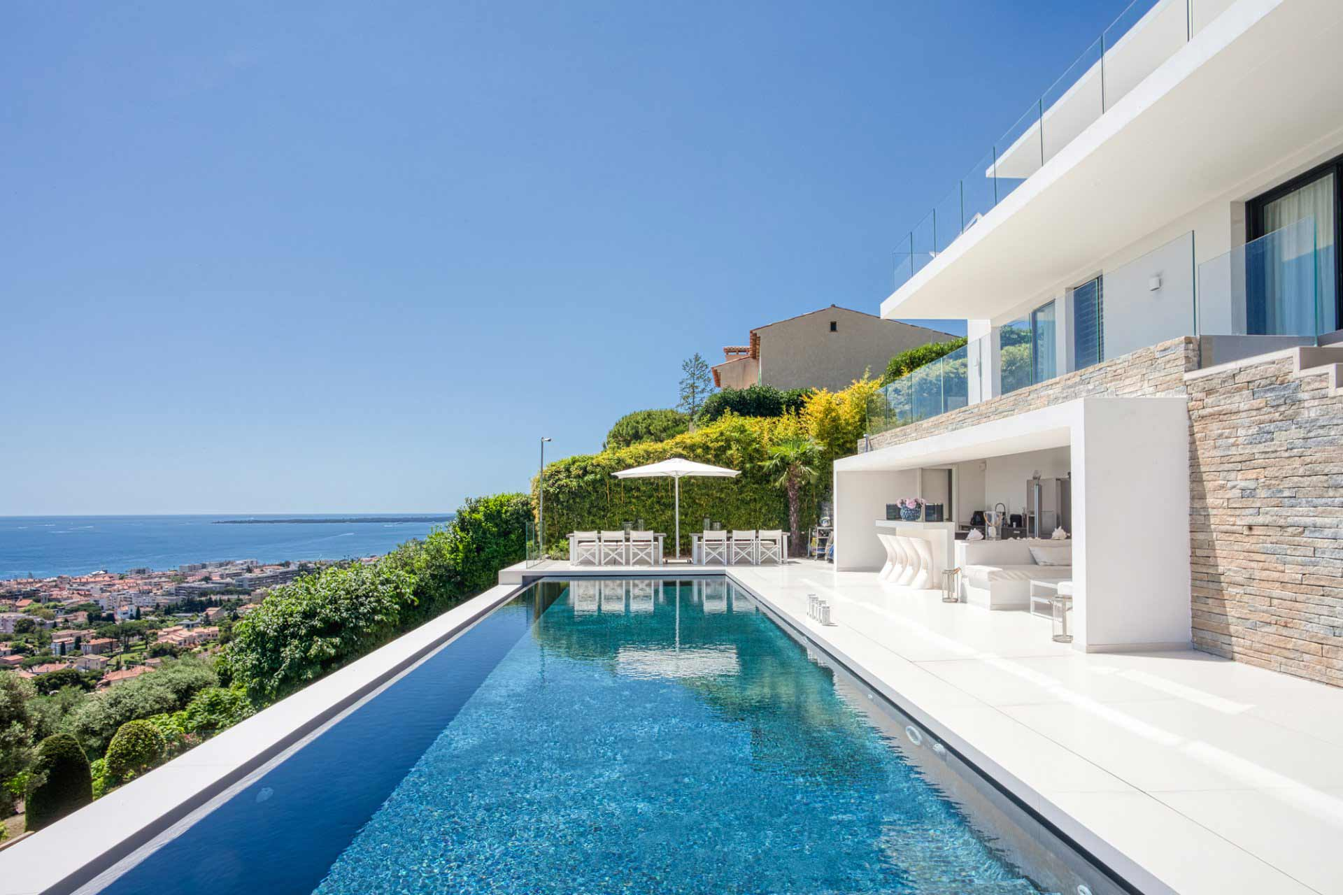 Golfe-Juan - France - House , 6 rooms, 4 bedrooms - Slideshow Picture 1