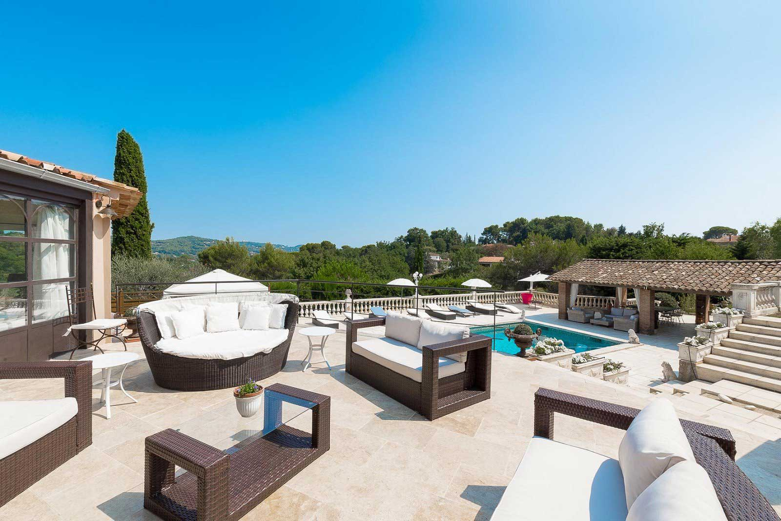 Mougins - France - House , 8 rooms, 5 bedrooms - Slideshow Picture 3