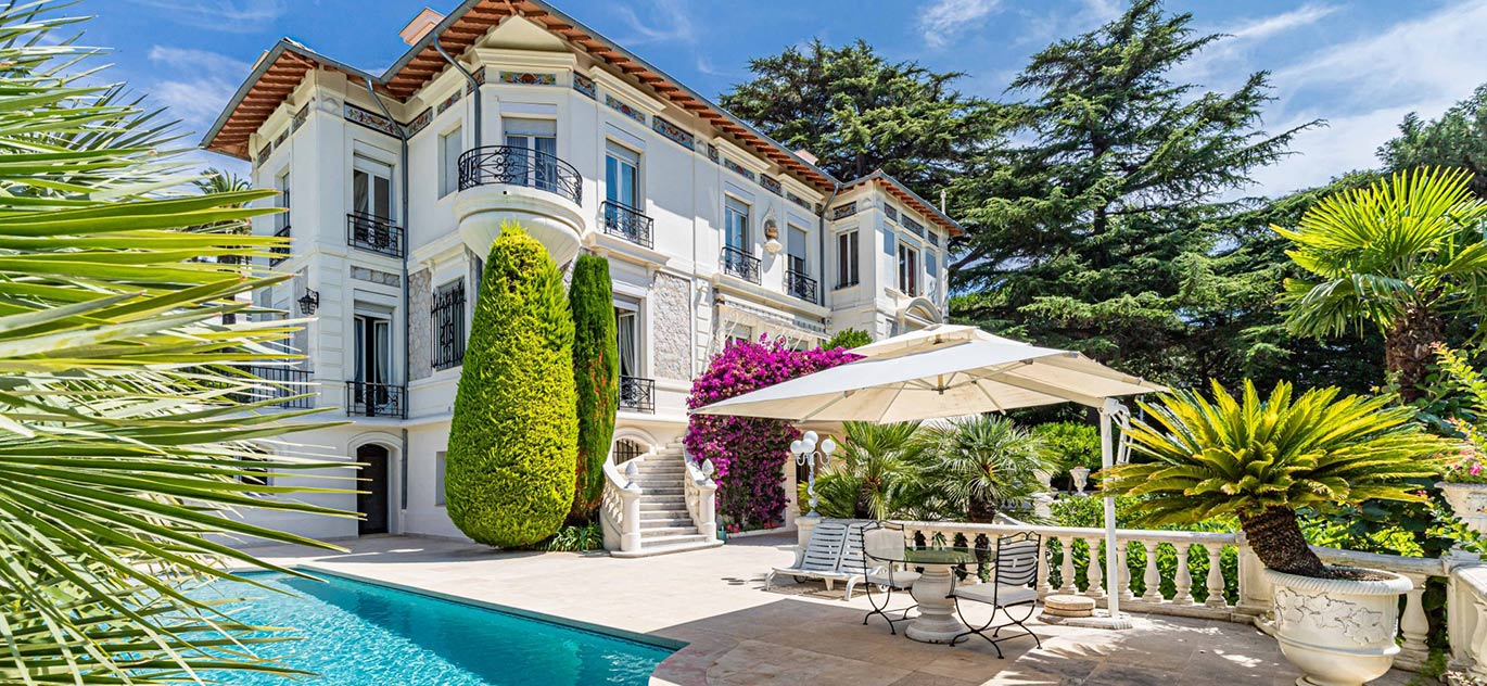 Cannes - France - Mansion, 12 rooms, 12 bedrooms - Slideshow Picture 4