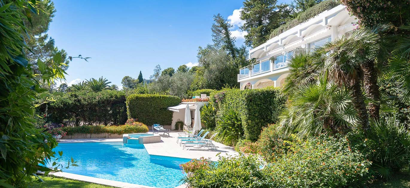 Cannes - France - House, 19 rooms, 18 bedrooms - Slideshow Picture 2